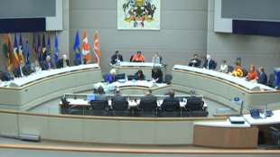 """Calgary City Council replaced opening prayer with silent """"moment of contemplation"""""""