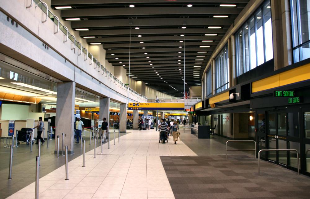 Calgary Airport Hotel In Terminal