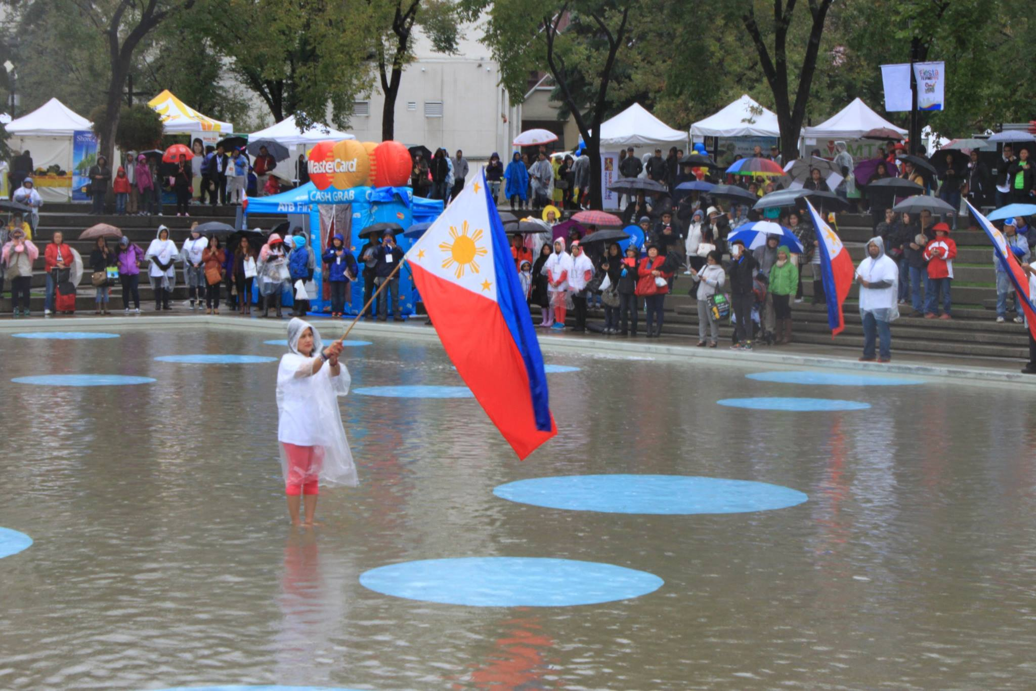 Fiesta Filipino brings food, entertainment to Olympic Plaza