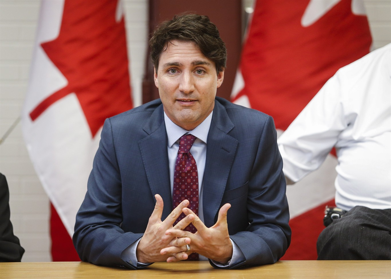 Federal government announces Canada-wide carbon pricing by 2018