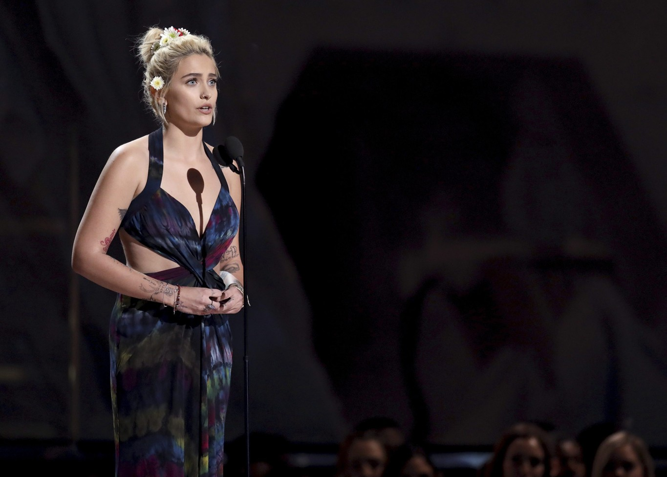 michael jackson s daughter takes to grammys stage 660 news 660 news