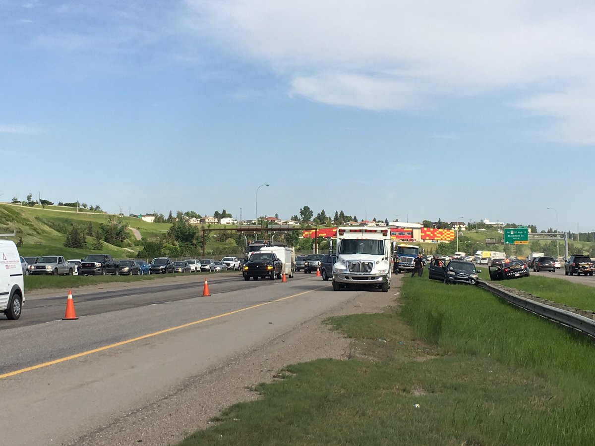 'Combative man' injures 3 first responders after Deerfoot Trail crash, say police