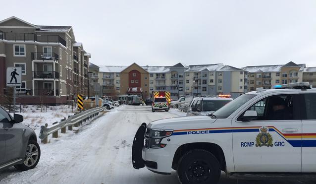 Child dies after carbon monoxide leak at Airdrie apartment complex