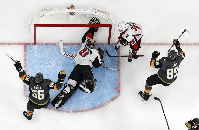 Ottawa Citizen says NHL's Senators refused to let reporter