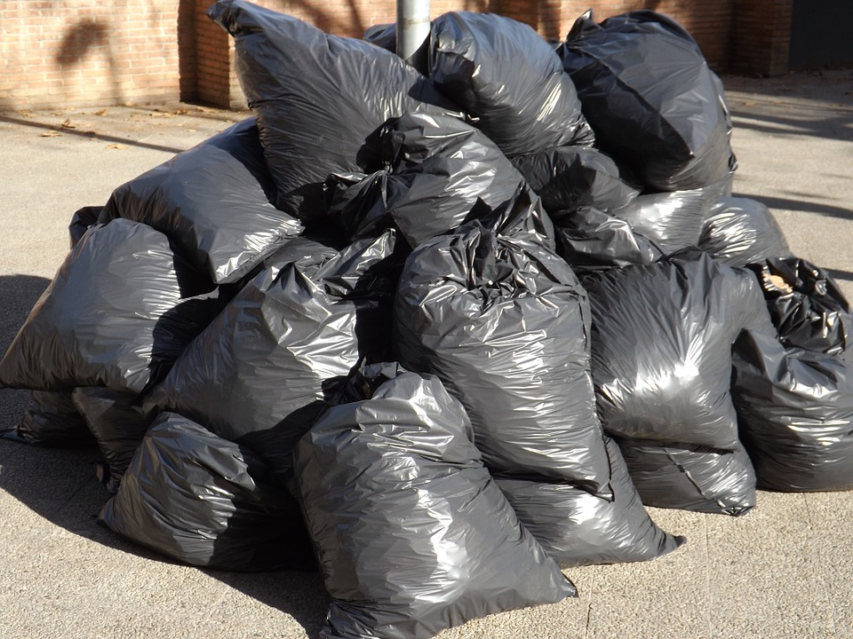 Calgary city council approves tag-a-bag program - 660 NEWS