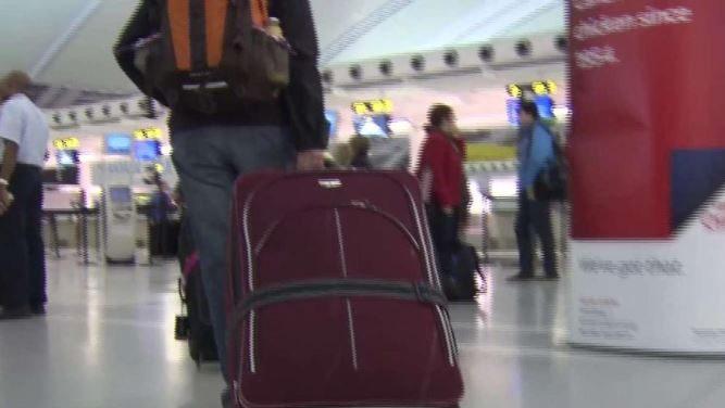 airport-baggage-e1578425028862.jpg