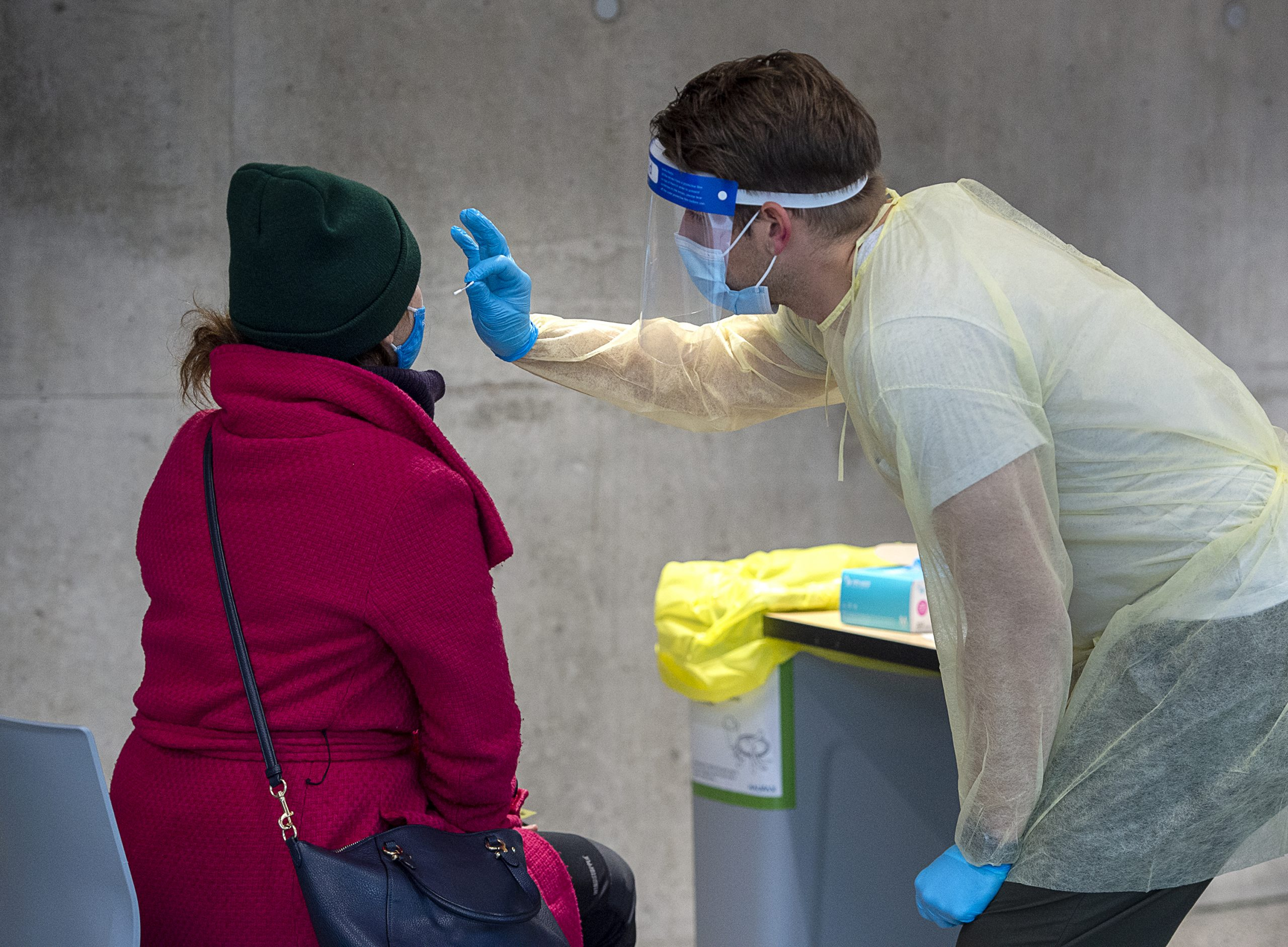 Alberta records 1,590 new COVID cases ahead of enhanced ...