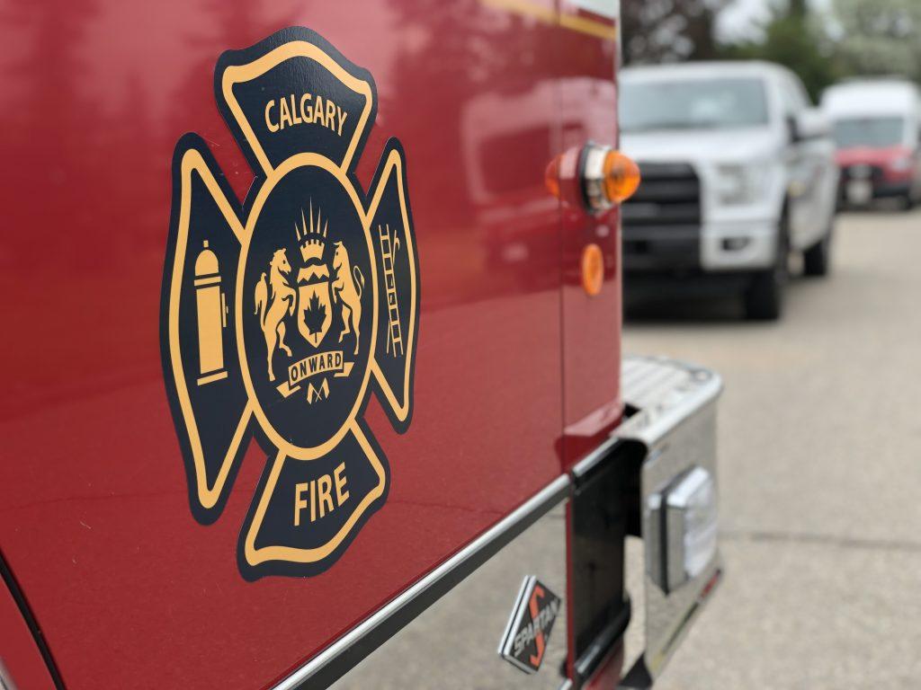 Calgary Fire battles a pair of overnight blazes - 660 NEWS